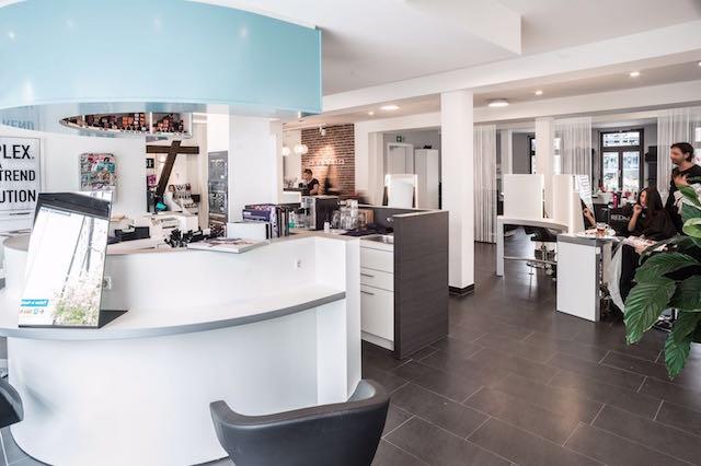 friseursalon beleuchtung planergruppe licht lichtplanung leuchtenvertrieb und beratung f r. Black Bedroom Furniture Sets. Home Design Ideas